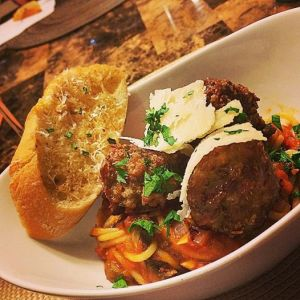 homemade meatballs with spaghetti