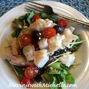 Romaine lettuce, shredded broccoli, Kalamata olives, cherry tomatoes, feta cheese and shrimp!