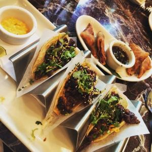 Short rib tacos from The Grand Lux Café in Chicago-YUM!
